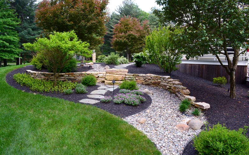 Landscape design by Grasshopper Gardens